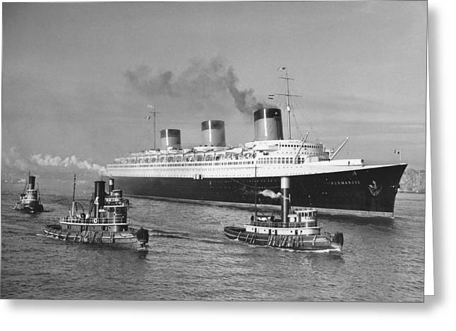 Normandie In Nyc Harbor Greeting Card by Underwood Archives