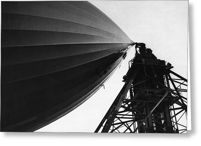 Nose Of The Hindenburg Greeting Card by Underwood Archives