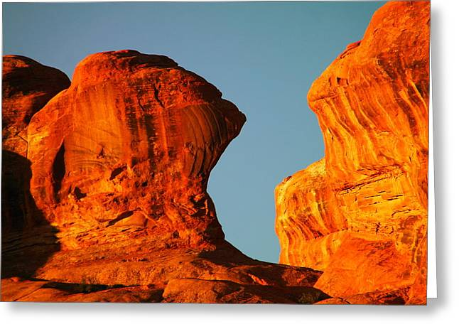Orange Rock Foreground A Blue Sky Greeting Card by Jeff Swan