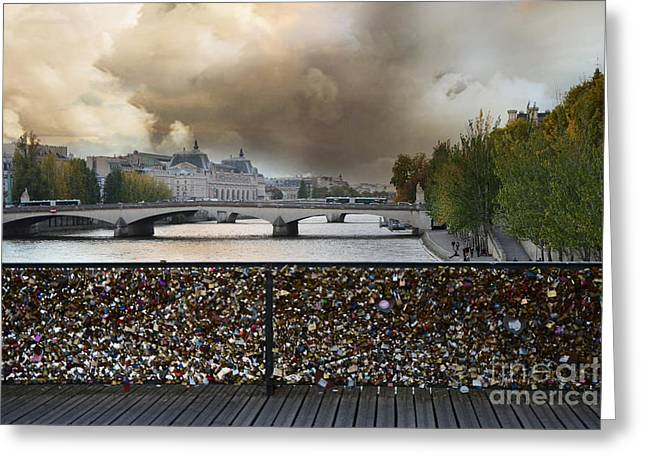 Paris Pont Des Art Bridge Locks Of Love Bridge - Romantic Locks Of Love Bridge View  Greeting Card