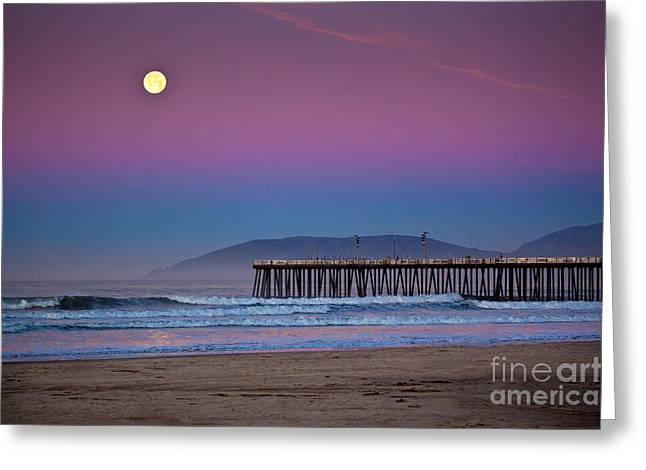 Pismo Beach Moonset At Sunrise Greeting Card