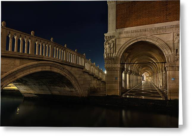 Greeting Card featuring the photograph Ponte Della Paglia by Marion Galt