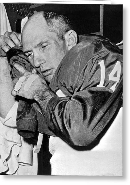 Quarterback Y.a. Tittle Greeting Card by Underwood Archives