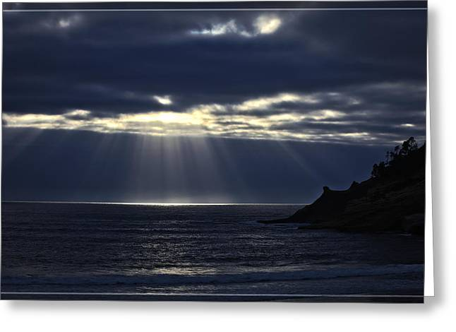 Rays Of Hope At Cape Kiwanda Oregon Greeting Card