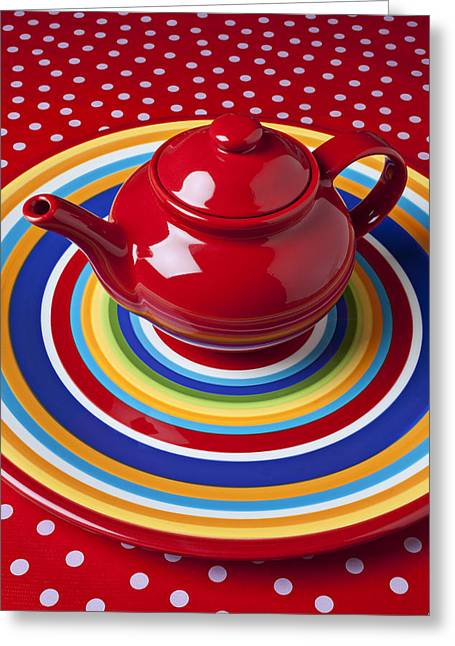 Red Teapot On Circle Plate  Greeting Card by Garry Gay