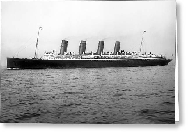 Rms Mauretania Greeting Card by Science Photo Library