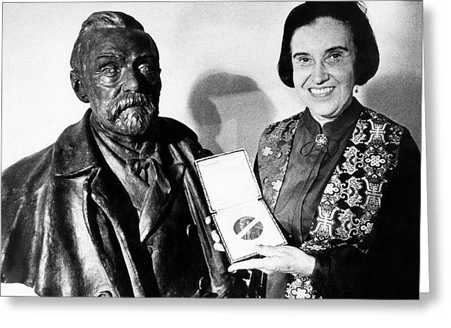 Rosalyn Yalow With Her 1977 Nobel Prize Greeting Card by Emilio Segre Visual Archives/american Institute Of Physics