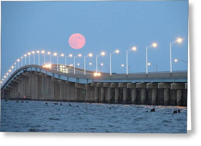Seaside Big Moon - Linda Andrews Greeting Card by Robert Henne