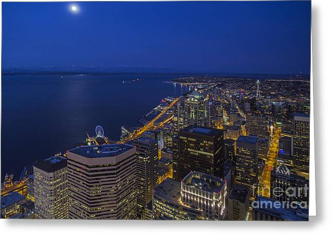 Seattle Moonset Glow Greeting Card by Mike Reid