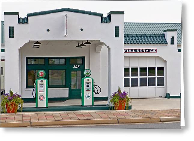 Sinclair Gas Station Greeting Card by Pete Trenholm