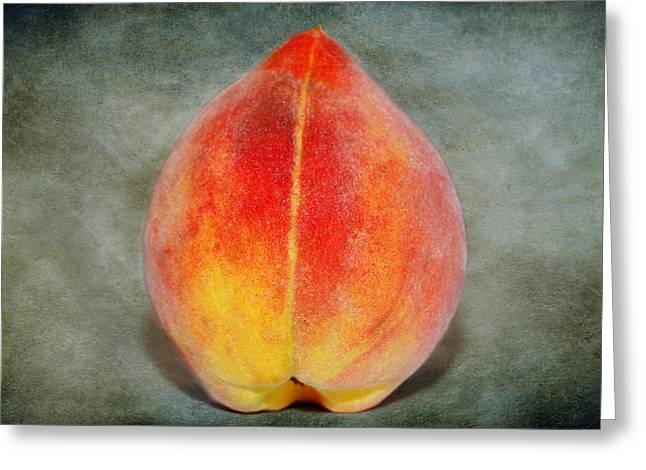 Single Peach Greeting Card by Linda Segerson