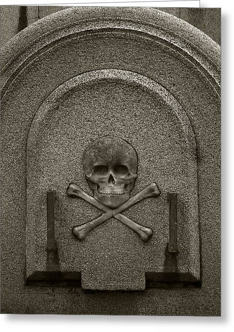 Greeting Card featuring the photograph Skull And Crossbones by Amarildo Correa