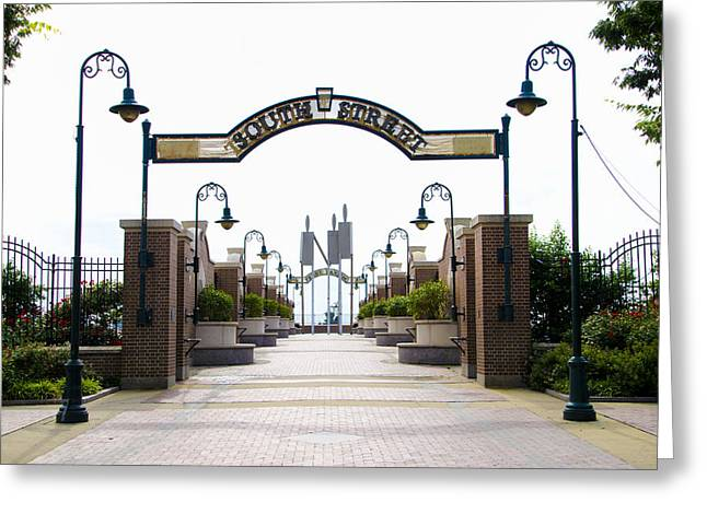South Street At Penn's Landing Greeting Card by Bill Cannon