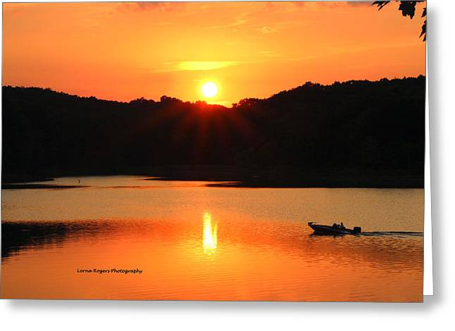 Star Burst Sunset Greeting Card by Lorna Rogers Photography