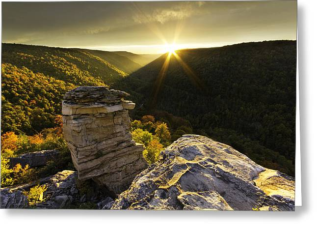 Starburst Sunset At Lindy Point Greeting Card by Jonathan Shane Kippenhan