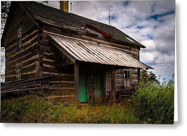 Greeting Card featuring the photograph Starter Home by Chuck De La Rosa