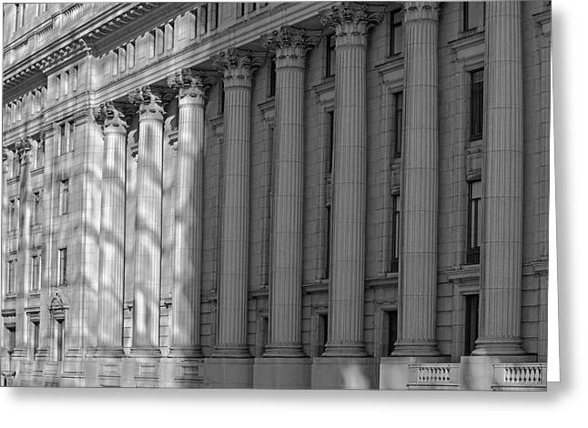 Sun Life Building  Montreal, Quebec Greeting Card by David Chapman