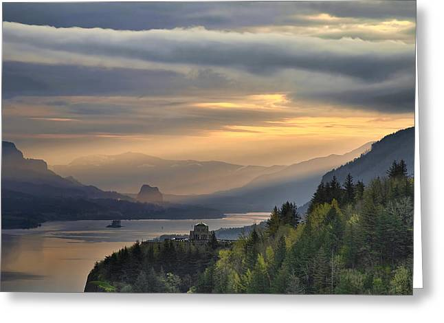 Sunrise At Crown Point Greeting Card by David Gn