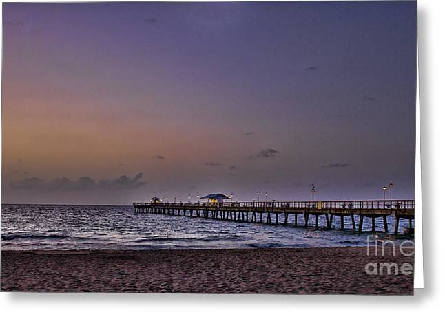 Sunrise At The Beach Greeting Card by Anne Rodkin