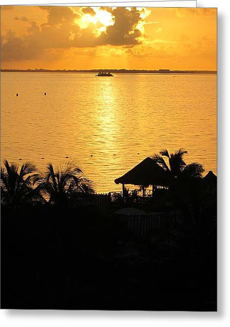 Sunrise Playa Mujeres Greeting Card