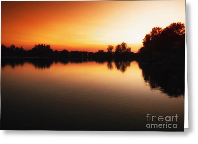 Sunset A Lake In Mansfield Il Greeting Card by Thomas Woolworth