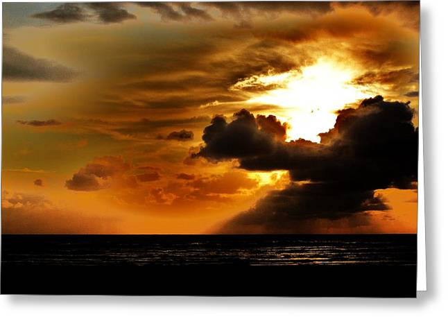 Sunset Over The Pacific I Greeting Card by Helen Carson