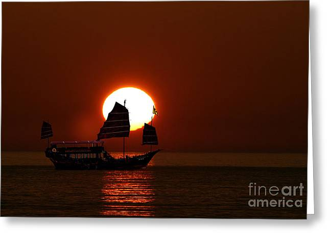 Greeting Card featuring the photograph Sunset Sanpan by Shirley Mangini