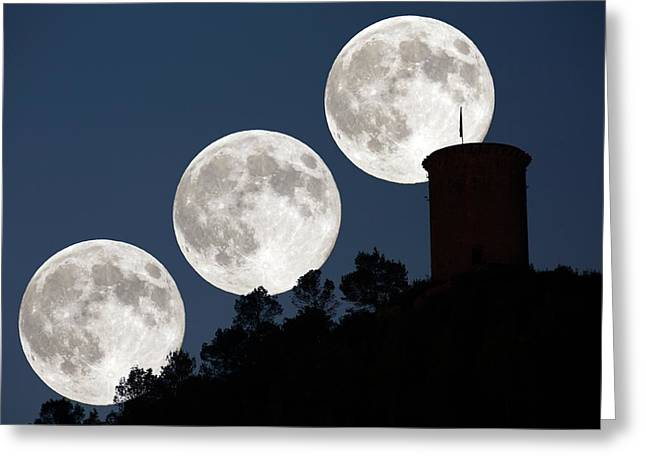 Supermoon Greeting Card by Juan Carlos Casado (starryearth.com)