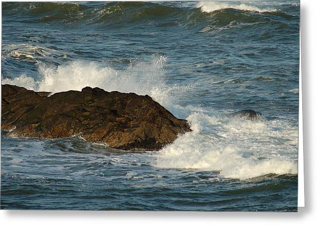 Surf And Rocks Greeting Card by Ron Roberts