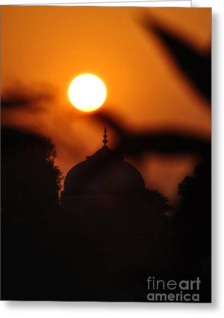 Taj Mahal- Agra India Greeting Card by Vineesh Edakkara