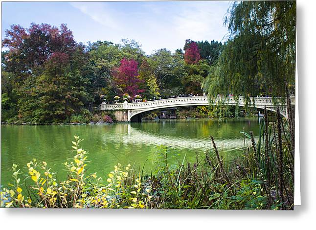 The Bow Bridge In Central Park In Autumn Colors Greeting Card by Ellie Teramoto