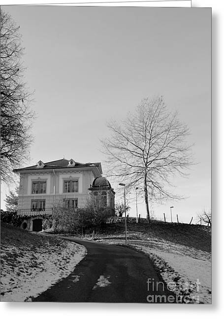 Greeting Card featuring the photograph The House On The Hill 2 by Felicia Tica