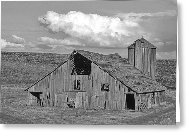 The Lewiston Breaks Barn Greeting Card by Latah Trail Foundation