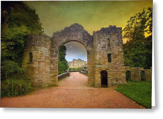 Through The Arch Greeting Card by Roy  McPeak