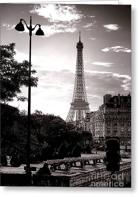 Timeless Eiffel Tower Greeting Card