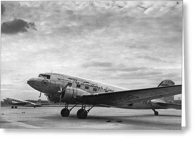 Twa Dc-3b Aircraft Greeting Card by Underwood Archives