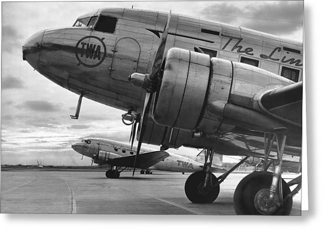 Twa Dc-3b Greeting Card by Underwood Archives