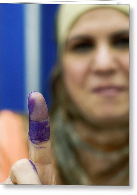 Us-resident Iraqi Votes In Iraq Election Greeting Card by Jim West