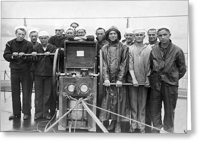 Uss Pennsylvania Dive Crew Greeting Card by Underwood Archives