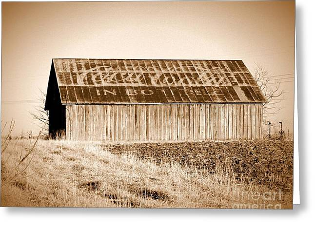 Vintage Coca-cola Barn Greeting Card by Ryan Burton