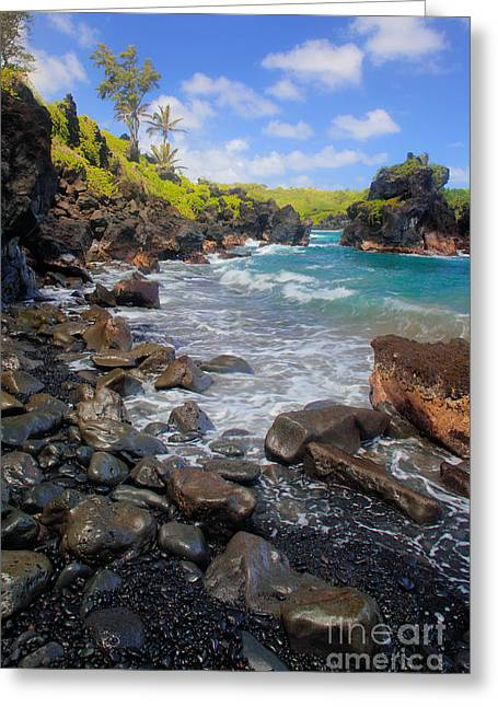 Waianapanapa Rocks Greeting Card by Inge Johnsson