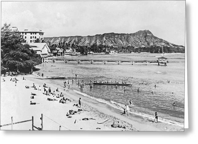 Waikiki Beach And Diamond Head Greeting Card
