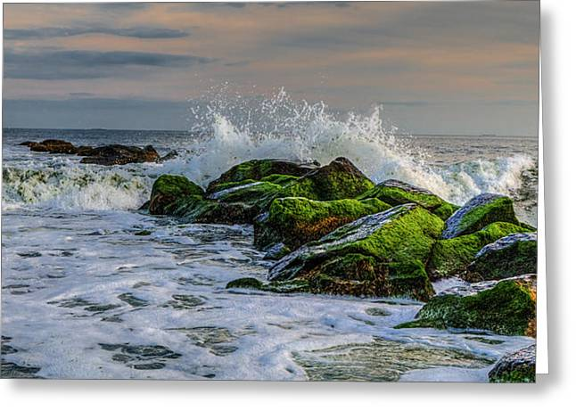 Waves On The Jetty Greeting Card by David Hahn