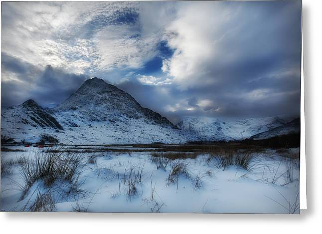 Winter At Tryfan Greeting Card by Beverly Cash