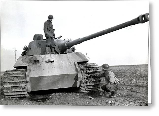 Wwii Us Soldiers Inspect Tiger Tank Greeting Card
