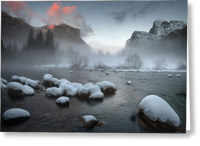 Yosemite Valley At Sunset Greeting Card by Jianyi Wu