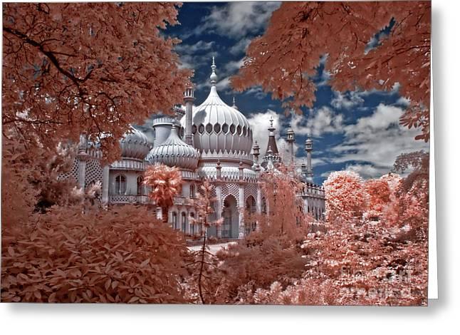 Brighton Pavilion Greeting Card by Steven Cragg