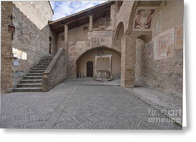Palazzo Comunale Greeting Card by Rob Tilley