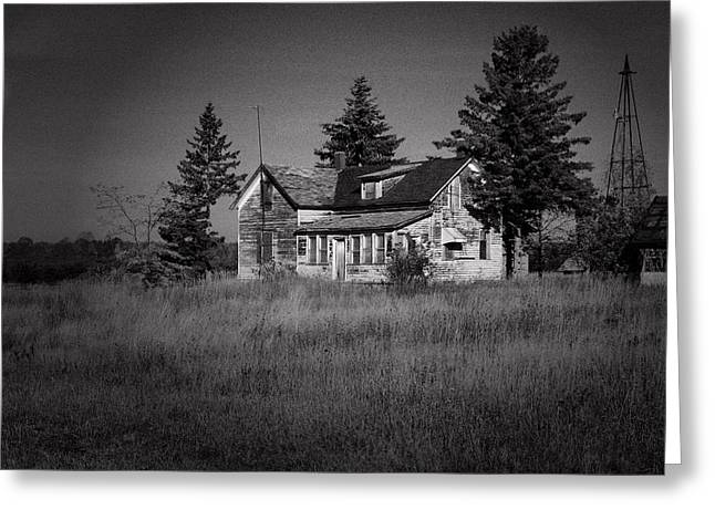 Greeting Card featuring the photograph Abandoned Farm by Chuck De La Rosa