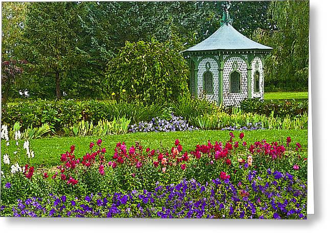 Greeting Card featuring the photograph Beautiful Garden by Cindy Haggerty